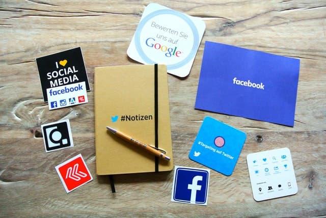 cuanto tiempo inviertes en redes sociales